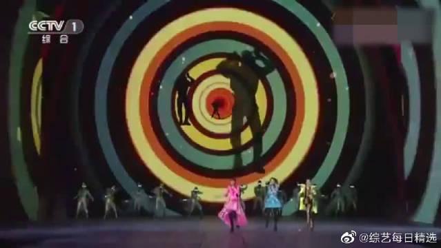 曾经的女子天团S.H.E演唱的《Shero》,女孩就该做自己的英雄!