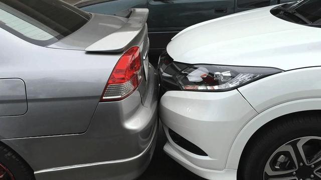 买低配车你后悔了没?网友:只有修车的时候,才觉得低配车好