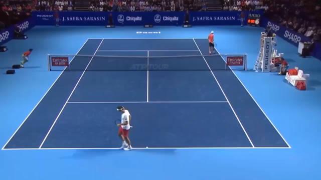 ATP巴塞尔赛:费德勒以6-0/6-3送蛋横扫阿尔伯特
