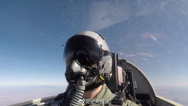 T-38教练机转场至卢克空军基地