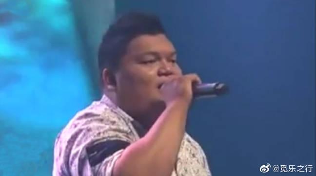 马来西亚小伙演唱《凉凉》,一人包揽男女声,惊艳全场