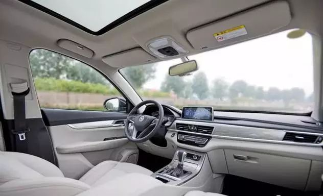 10万落地买7座SUV还带全景天窗?这几款了解一下