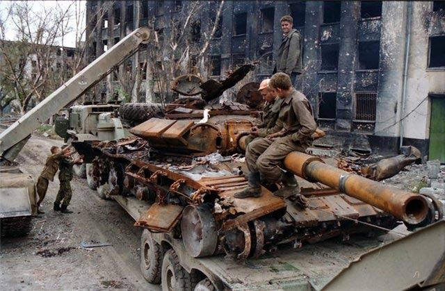 十分惨烈!苏联解体后俄罗斯的第一仗,被西方特种部队雇佣兵狂揍