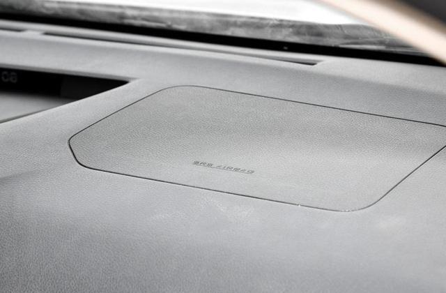 比亚迪E5好看又耐用,开车安全无忧虑,买一台送给老婆