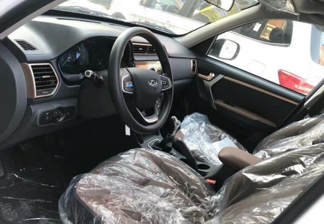奇瑞新小型SUV到店!外观大换血,配全新动力,还买啥宝骏510?