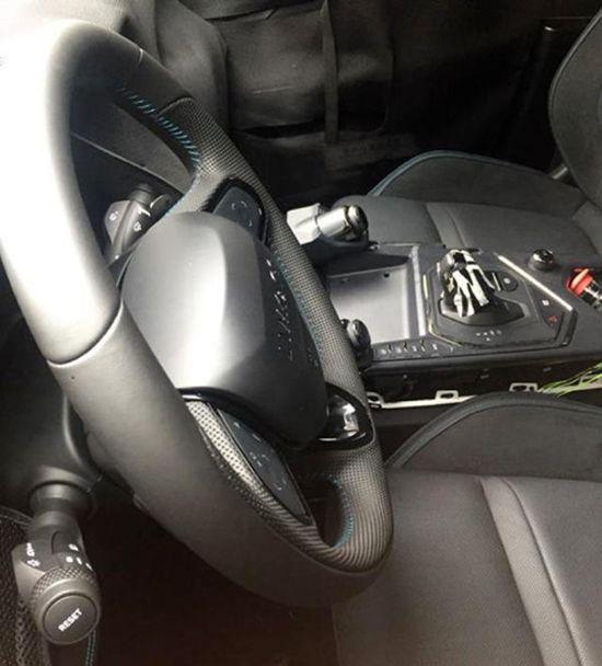 领克05最新谍照曝光 定位轿跑SUV/10月上市