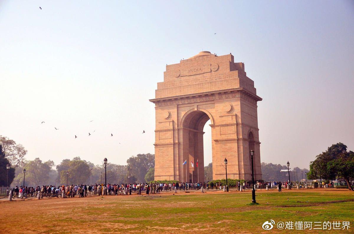 印度门(Gateway of India)位于印度城市孟买的阿波罗码头(Apollo B
