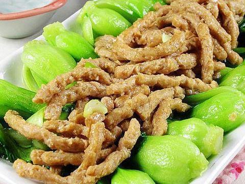 家常美食推荐:小炒刀豆丝,洋葱爆猪肝,素肉油菜,黄豆芽拌粉丝