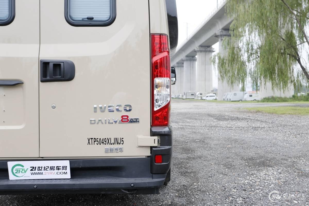 品质房车新选择 景宴栖599依维柯欧胜房车实拍解析【独家】