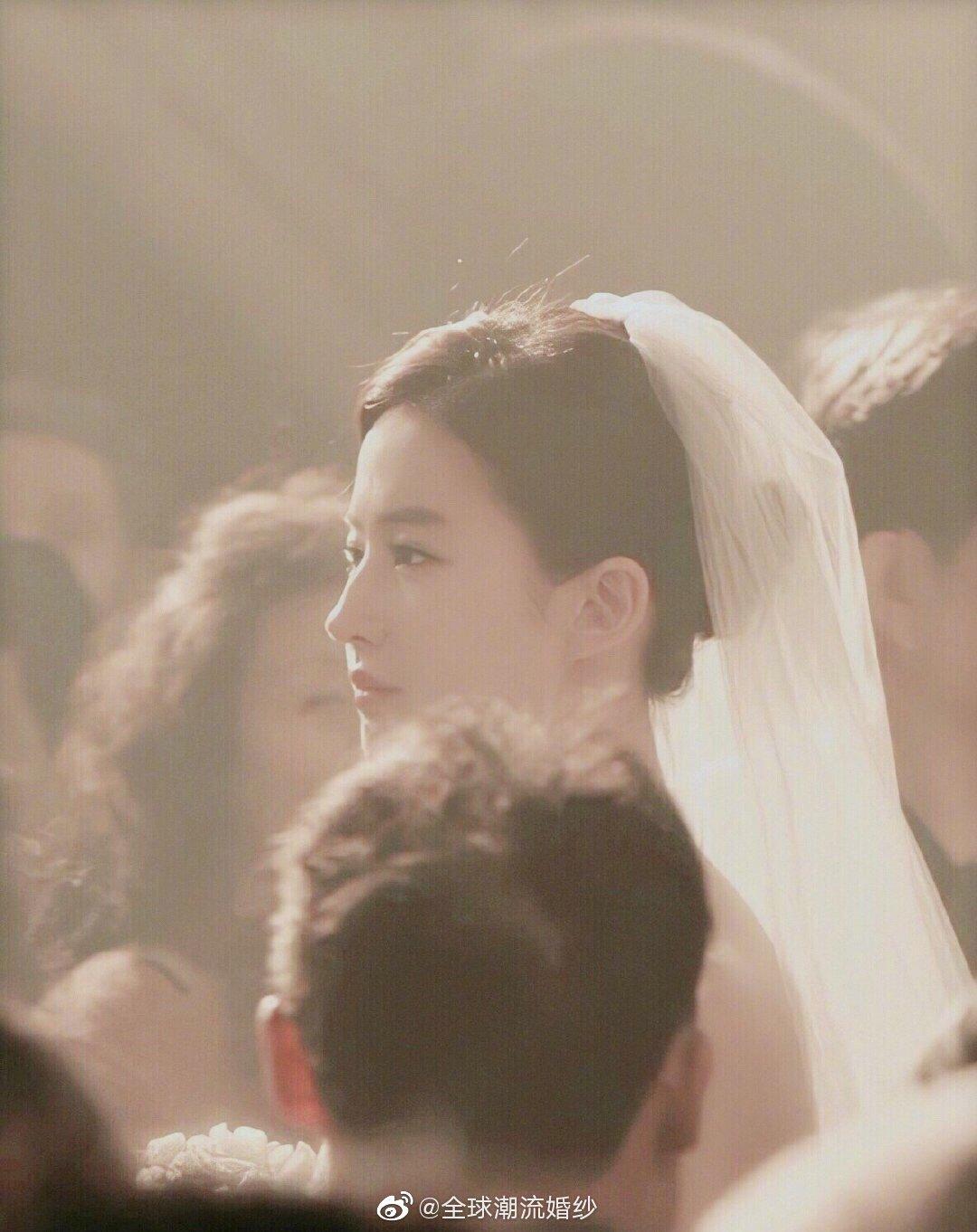刘亦菲婚纱点到为止的艳,不可方物的美✨✨