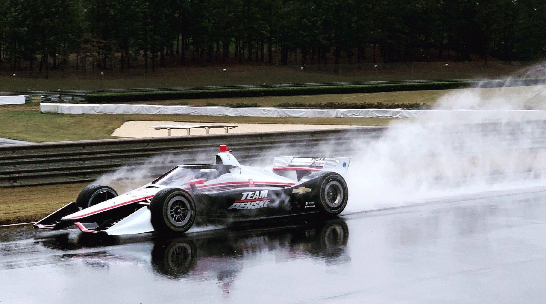Indycar透明风挡在雨天的测试非常成功
