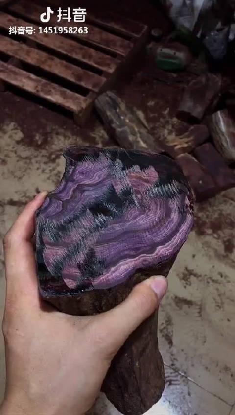 海南黄花梨,这种材质真的很不错