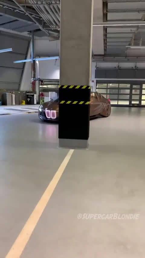 BMW未来概念车,看完我想问:能自动侧方位停车么?
