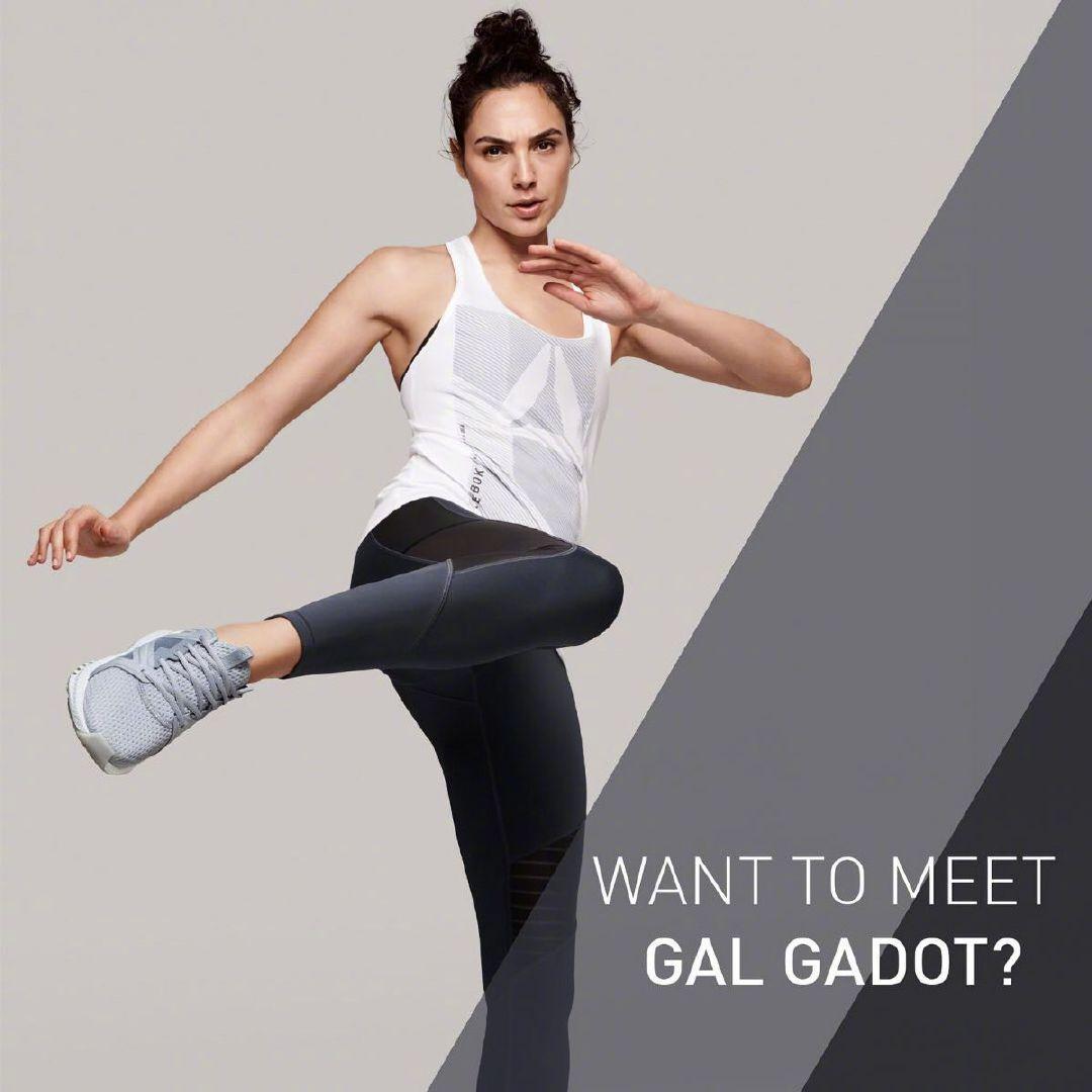 分享一个帅气的运动达人神奇女侠,盖尔·加朵最新代言照。