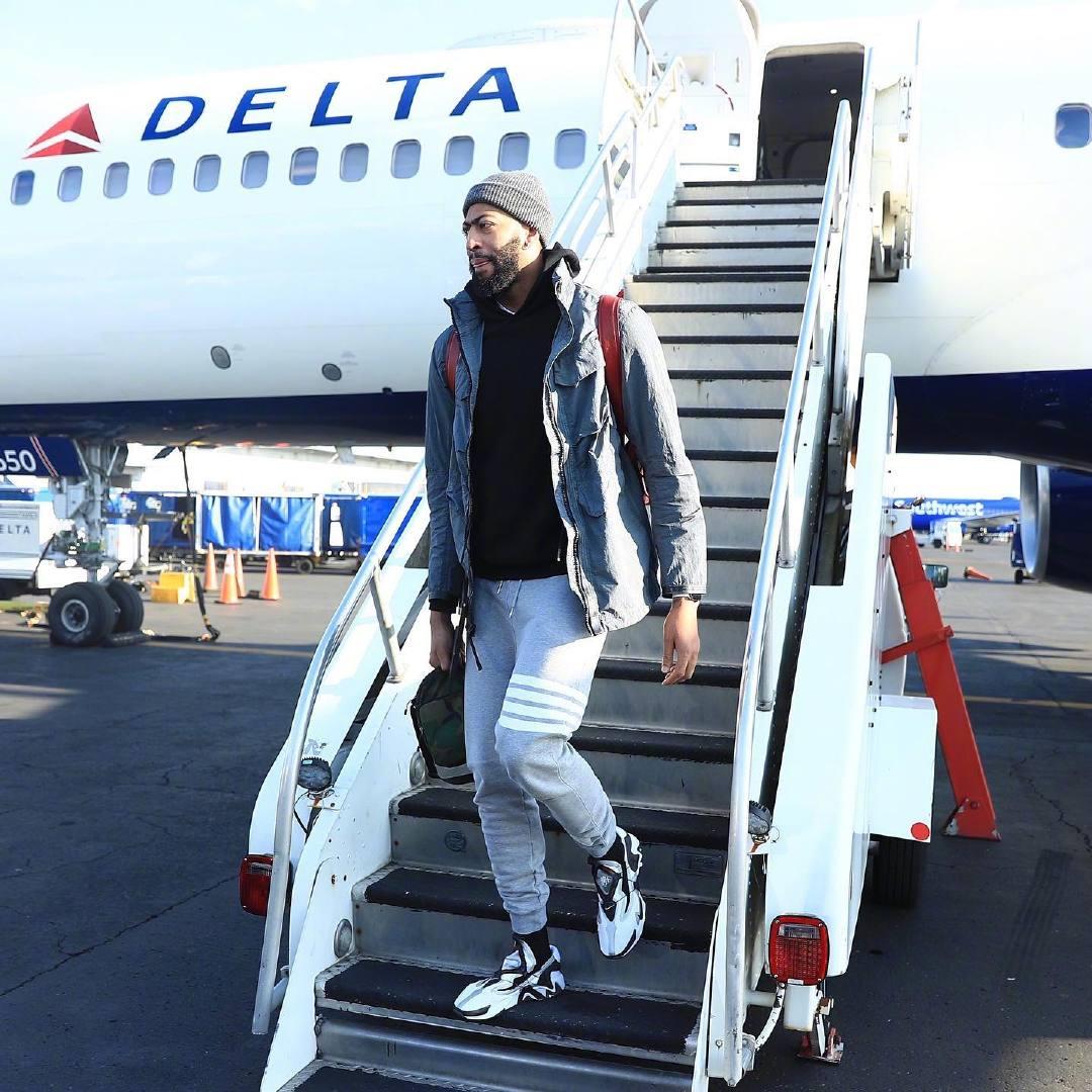 下飞机时装秀 波特兰我们到啦!