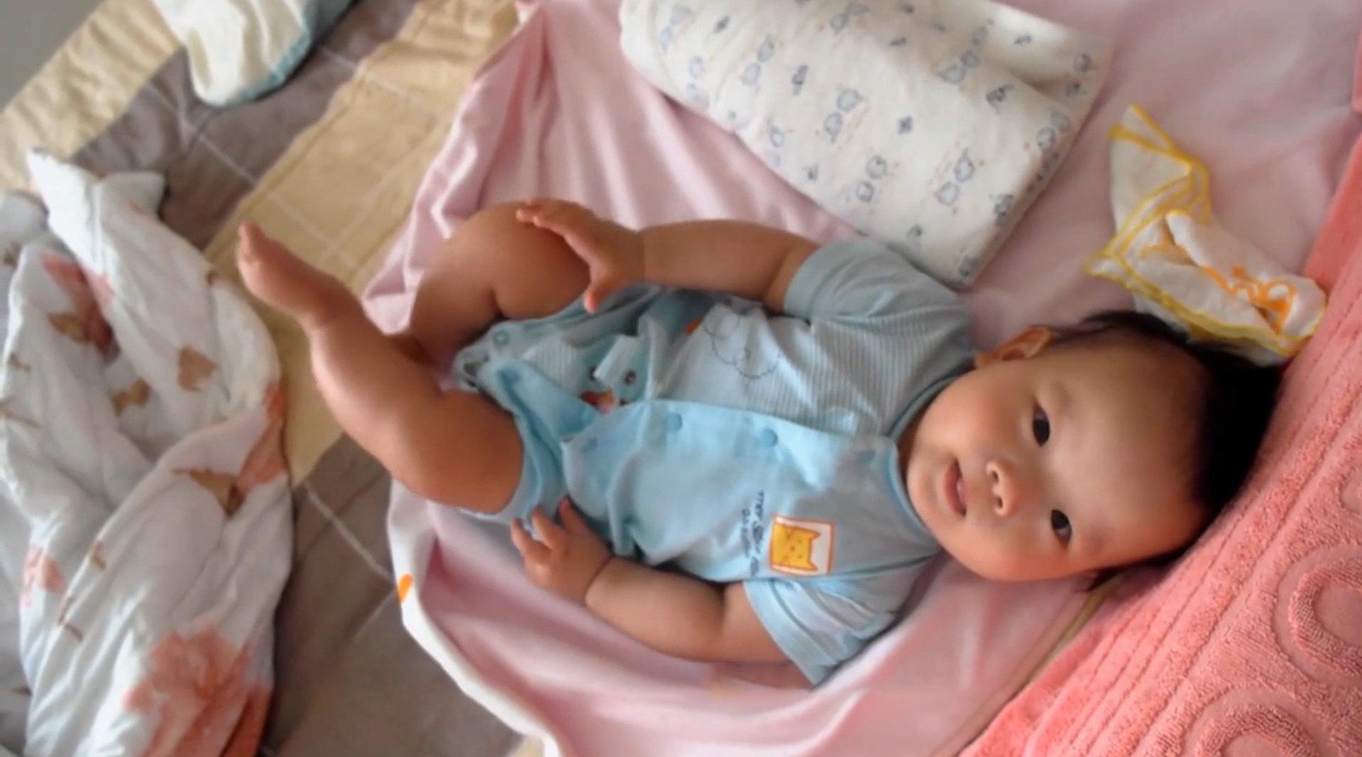 10个月大的宝宝拉肚子死亡,秋季腹泻别不当回事儿