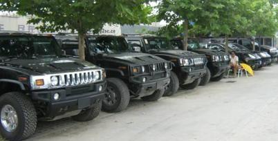 降至千元的二手车堆成山,卖不动的车贩子道出实情