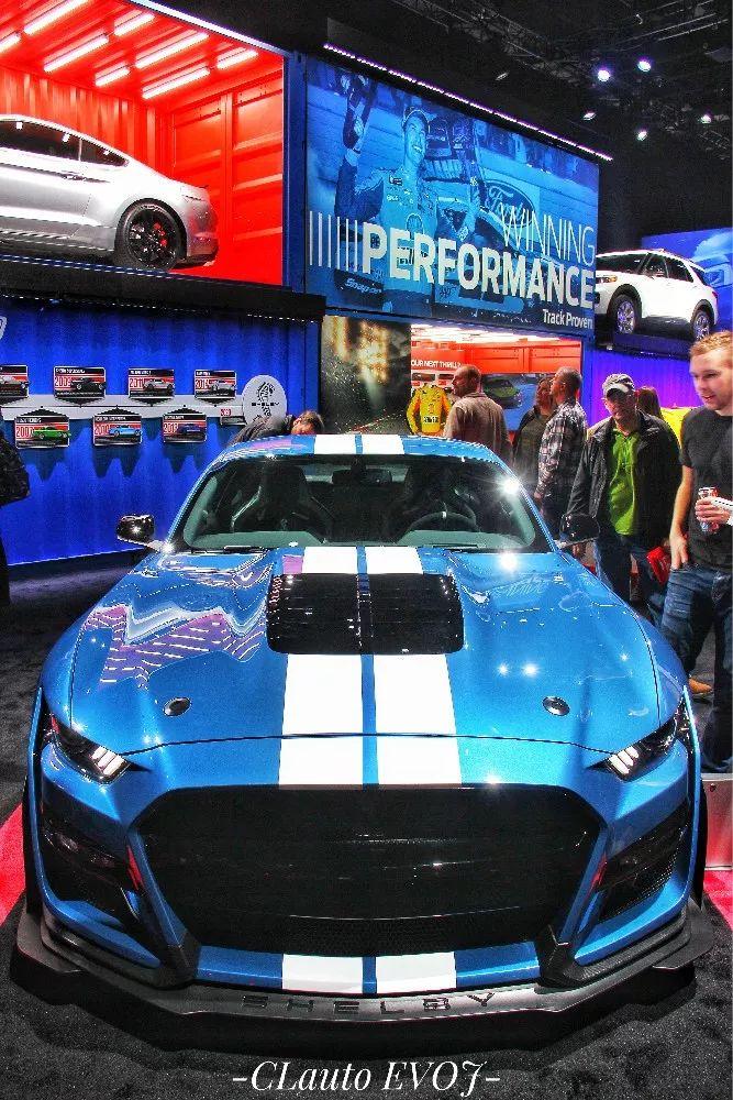 """少了""""BBA""""参加,但依然有亮眼性能车 —— 2019底特律车展实录"""