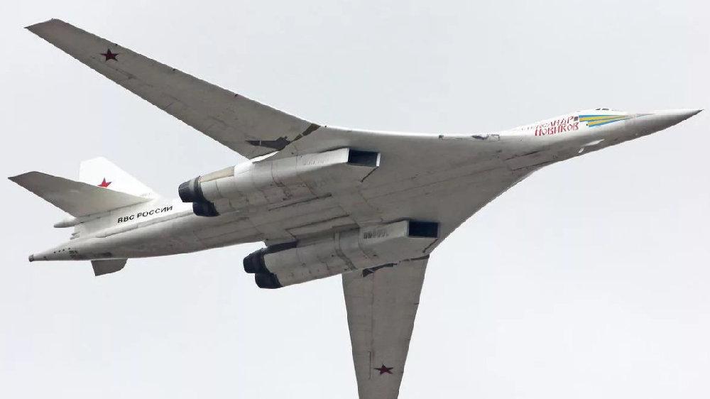 """俄超音速远程轰炸机,最大航程1.8万公里,北约起名""""海盗旗"""""""
