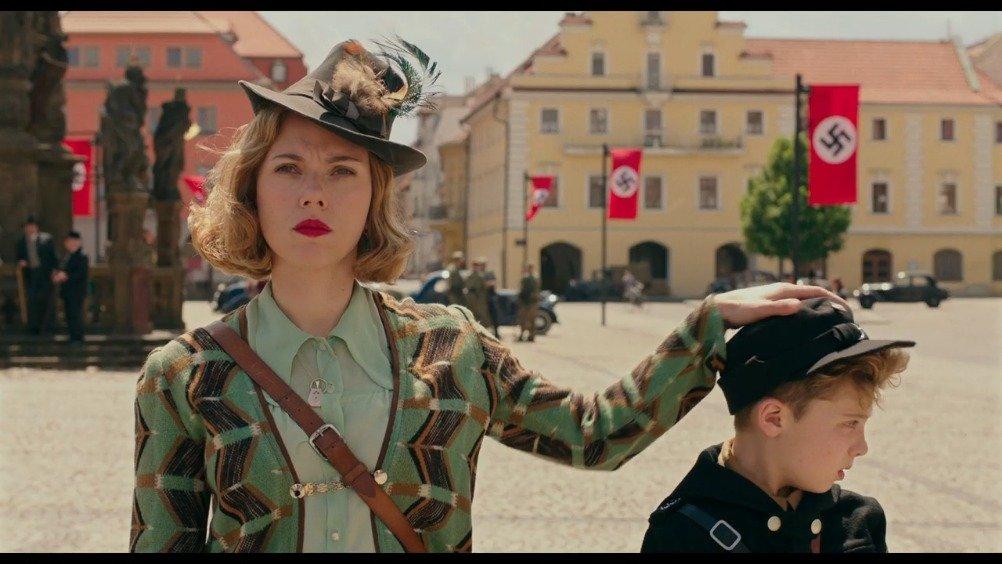 寡姐主演新作《/Jojo Rabbit》发布先导预告:二战期间