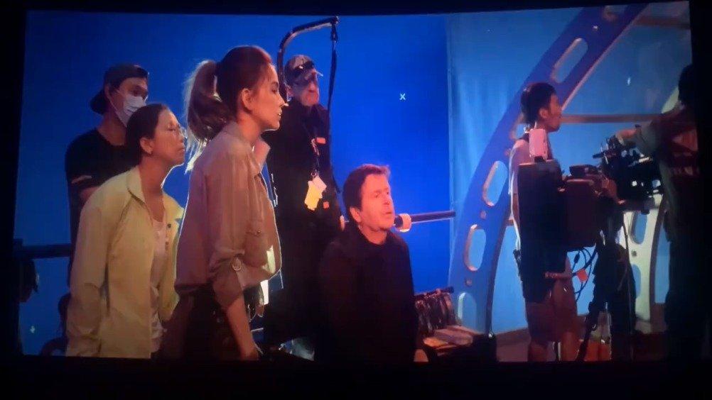 电影《天火》拍摄花絮,周懂新歌官方MV将于12月15日中午十二点发布