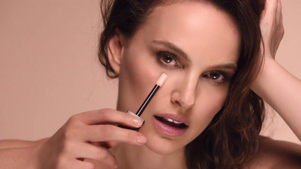娜塔丽波特曼为Dior的新遮瑕膏拍摄的新广告