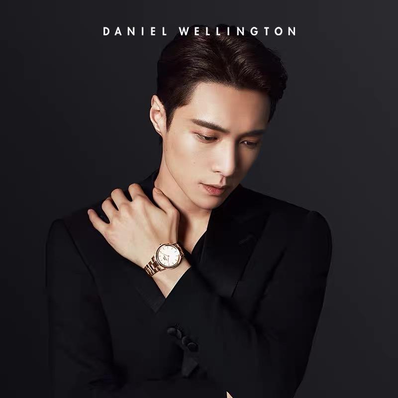 张艺兴正式成为DW首位品牌全球代言人