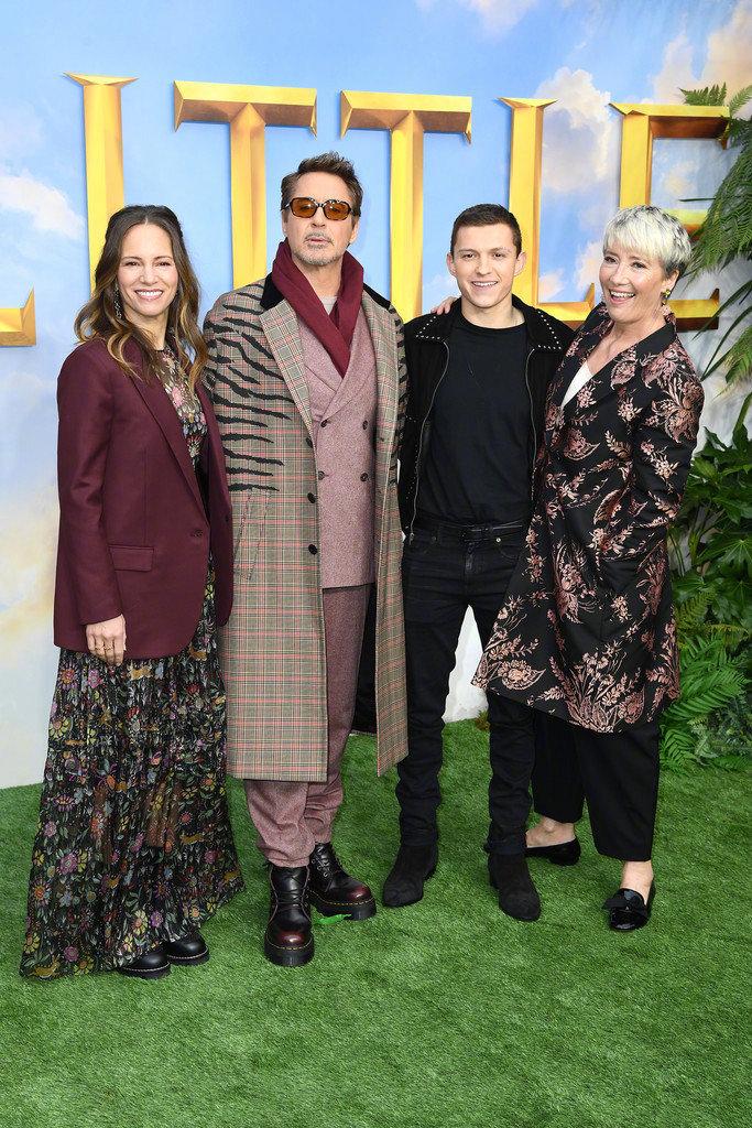 《多力特的奇幻冒险》举行伦敦首映,小罗伯特·唐尼携妻子苏珊亮相