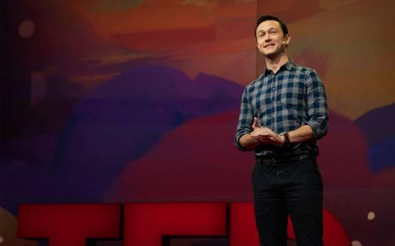 TED演讲:对关注度的渴望会扼杀创造力,别让你被他人控制!
