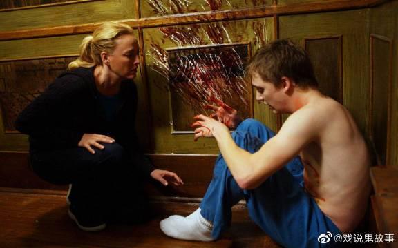 《太平间闹鬼事件》是由美国狮门影业出品的92分钟惊悚影片