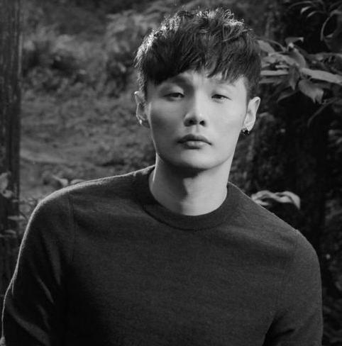 杨丞琳为李荣浩庆生,座驾曝光,网友:怎么还不结婚!