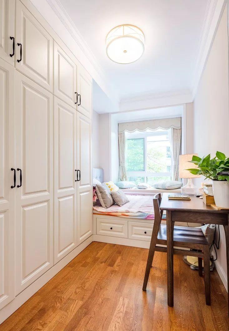 卧室衣柜应该选择怎样的布局?看看别人家都是怎么做的图片