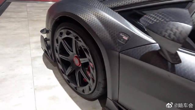 兰博基尼Aventador SV和兰博基尼 Urus,两辆全碳纤维版