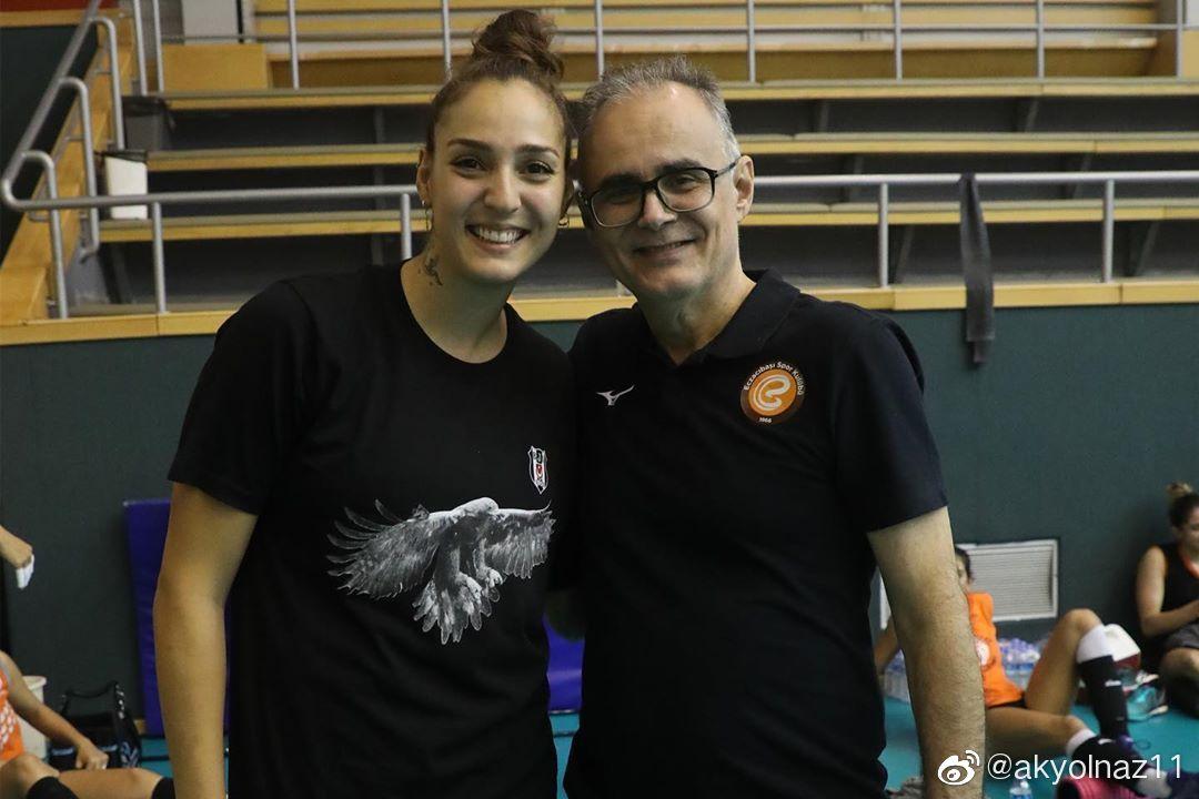 土耳其伊萨奇巴希(贝西克塔斯造访伊萨训练基地)&费内巴切女排俱乐部