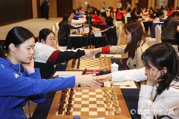 四智会国际象棋预赛:六名女棋手并列榜首斗成一团