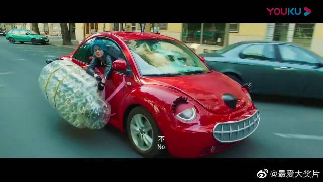 素人特工:不要看小车萌,它还是不止是小钢炮,还会变形!