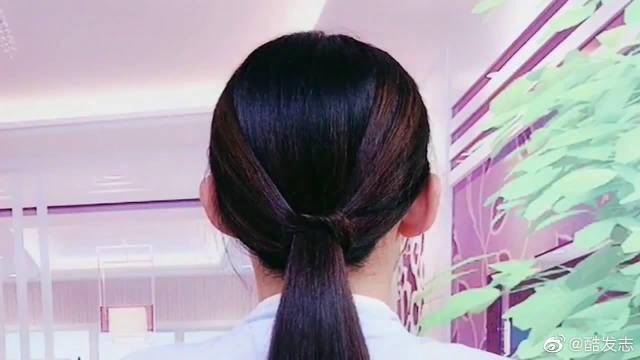 甜美的小女生,试试这样的扎发发型,可以让你更加清纯可爱!