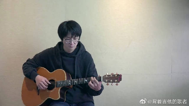 """共同抗""""疫"""",瞬间燃起你的激情,吉他弹唱《我的天空》"""