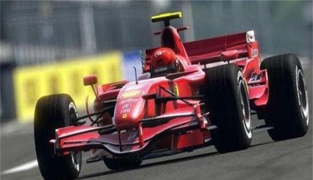 米德兰车队:车身帅气,碳素外壳更适合赛车,体现科技