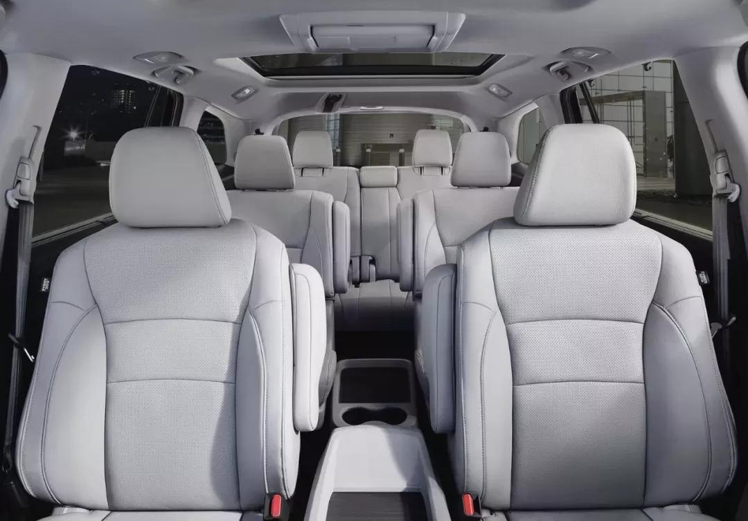 生三胎也能装得下!这几款全新大8座SUV空间真棒