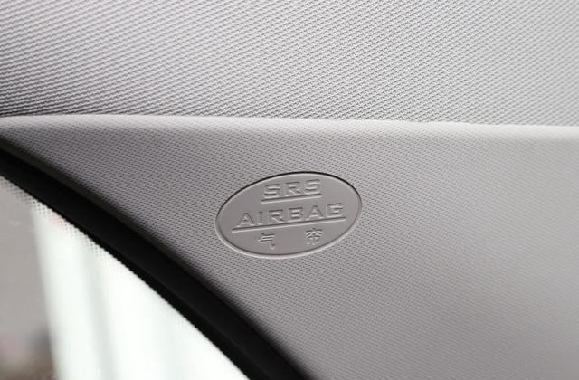 比亚迪G5开起来很舒服,颜值质感超高,表现优良