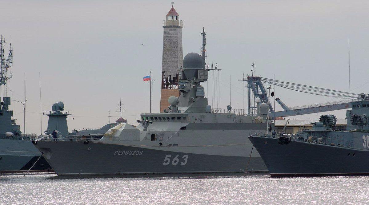 英吉利海峡热闹了!俄军舰又闯了进来,美专家:释放强烈信号