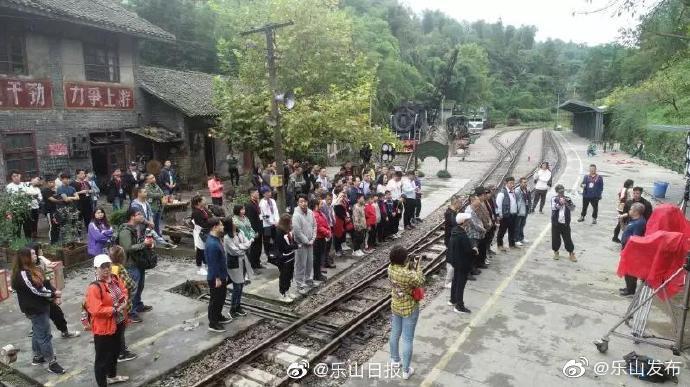 快来报名群众演员,和曹炳琨、董维嘉、巩汉林、何云伟一起飙戏