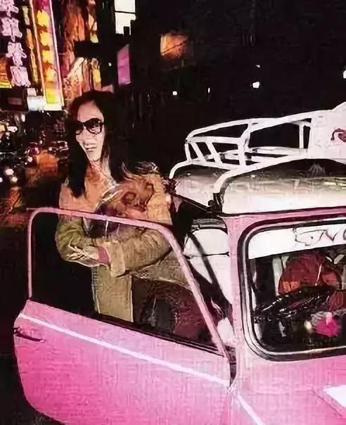 """你只知道张柏芝生了3个娃,却不知道她还""""私藏""""了这么多豪车!"""