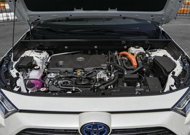 率先开打价格战,比RAV4便宜4千,丰田威兰达是否值得购买?