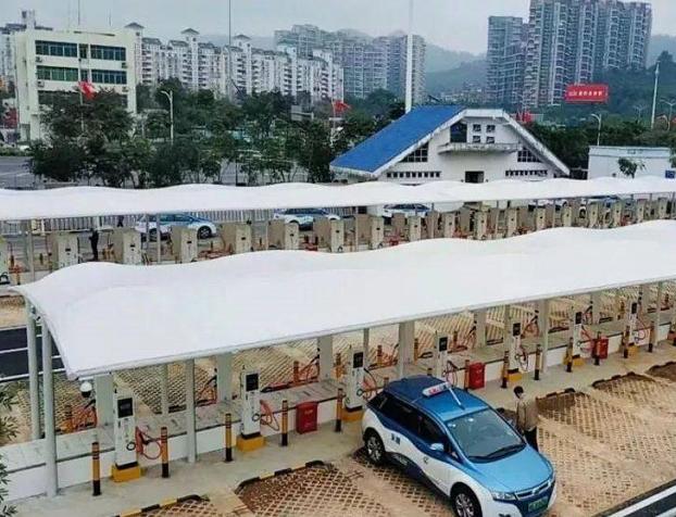 香港比亚迪e6出租车全部退运,原来这里纯电动和油电混动都行不通
