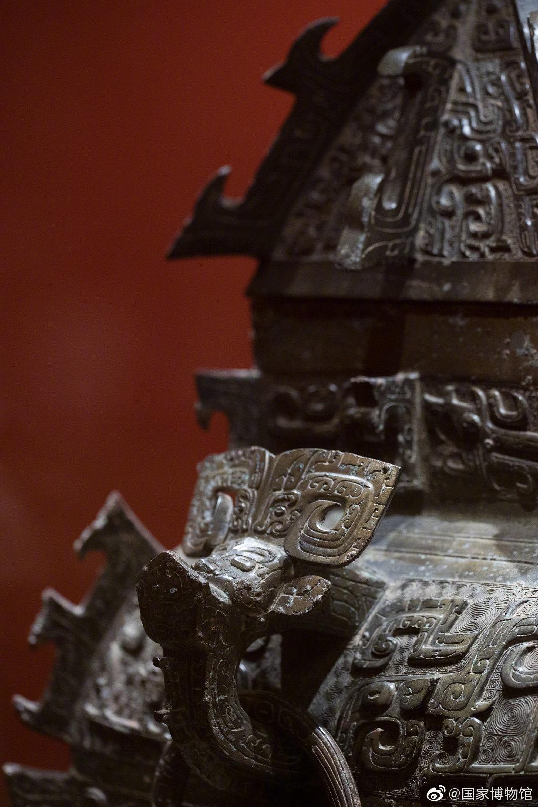 """在国博""""出差""""的""""方罍之王"""",比心@湖南省博物馆"""