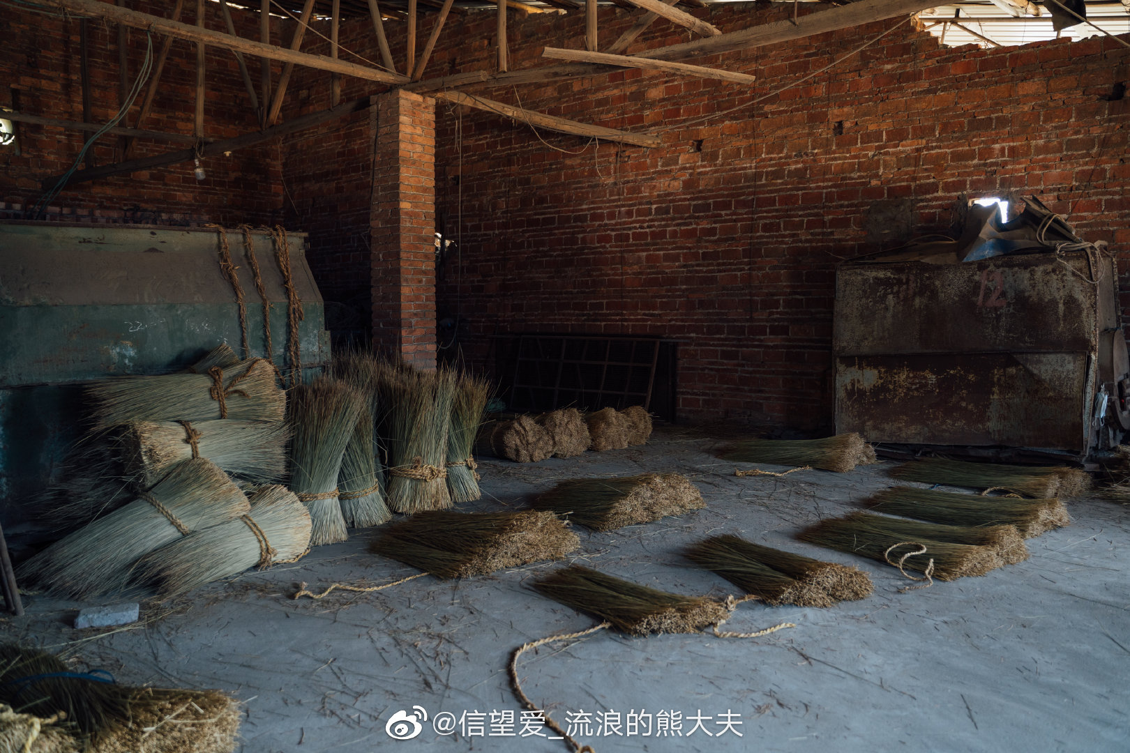 赣州兴国县之行的第三天,拍摄了当地的草席厂。@微博摄影 @微相册