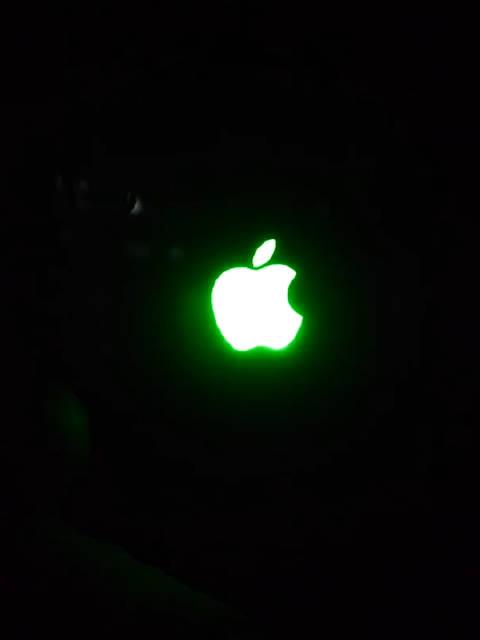如果iPhone的苹果logo都会发光,那画面太美不敢想