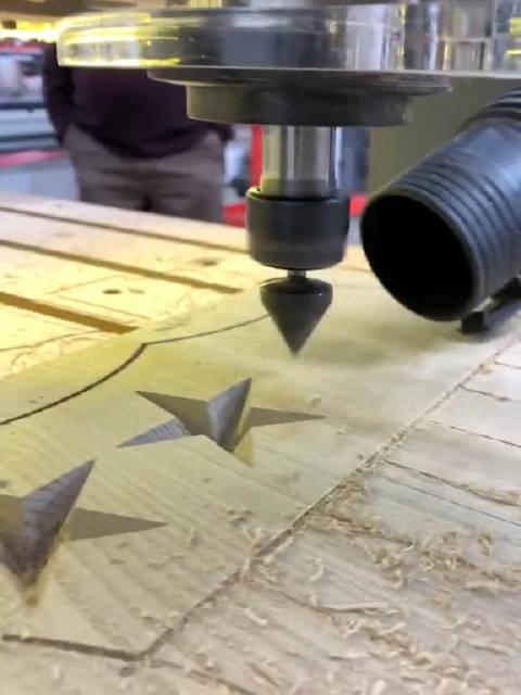 木工雕刻五角星图案